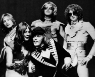 733px-Mott_the_Hoople_(1974)