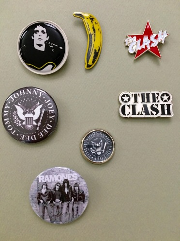 Badges-Lou-Clash-Ramones