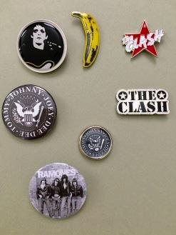 Badges-Lou-Clash-Ramones