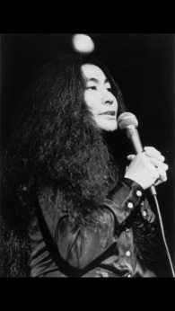 Yoko@KennysByFredWmcDarrah-1