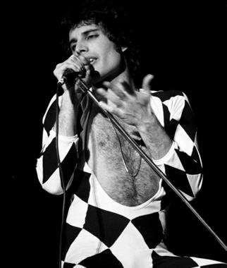 Queen 1977 11.15 pic3